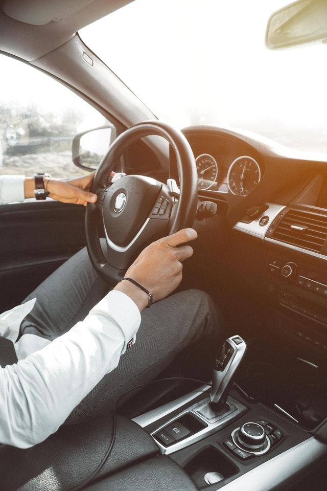 autolainaa ilman suuria kuluja